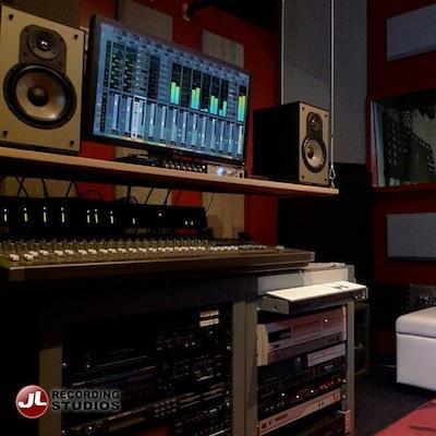 control-room-studio-acoutics